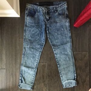 Cropped Acid-Washed Jeans